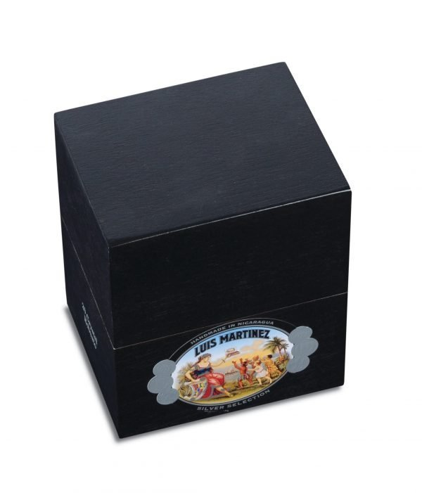 luis martinez silver collection robusto box closed